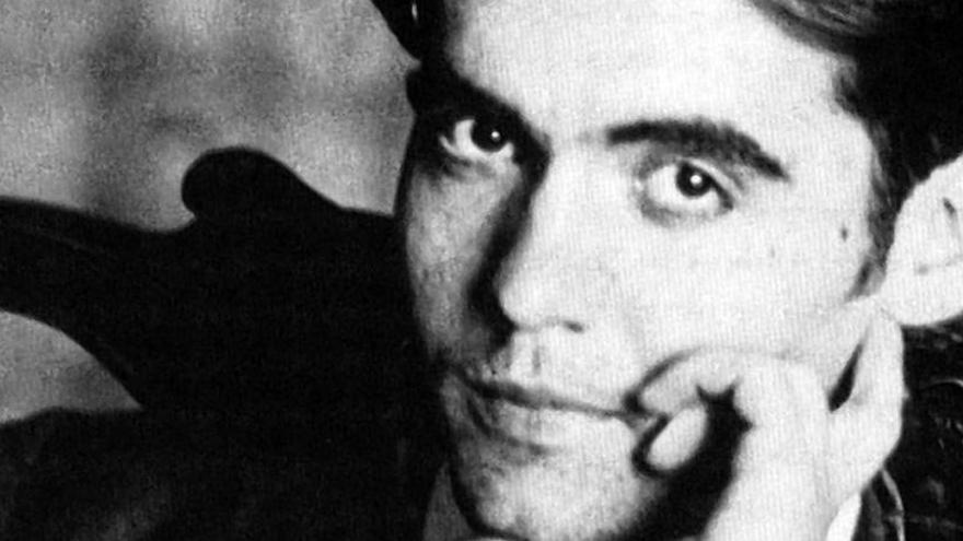 Piden reactivar la búsqueda de García Lorca por unos huesos hallados en 1986