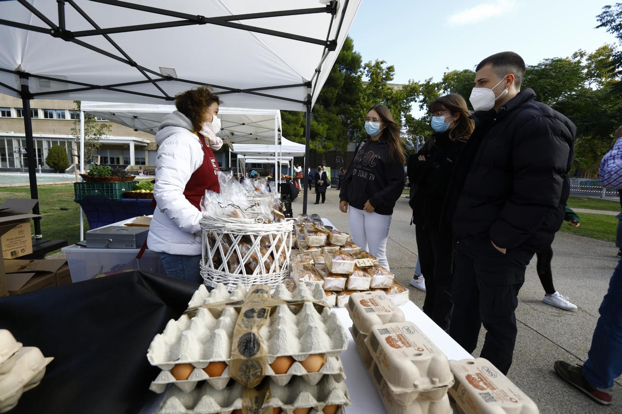 FOTOGALERÍA | El Mercado Agroalimentario de San Francisco ha tenido una buena acogida de visitantes