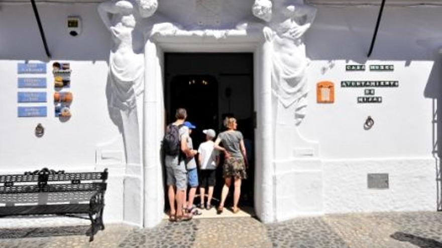 Museo Histórico-Etnológico / Casa Museo