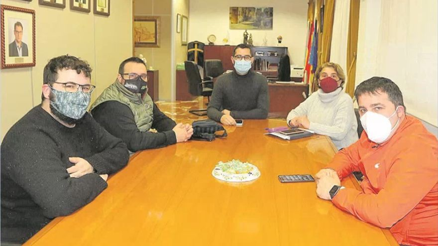 L'Alcora paga 147.000 euros a 62 autónomos y anuncia más ayudas