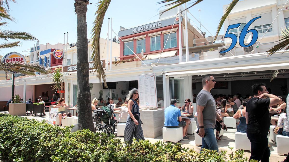 Los restaurantes compartirán primera línea de playa con establecimientos comerciales
