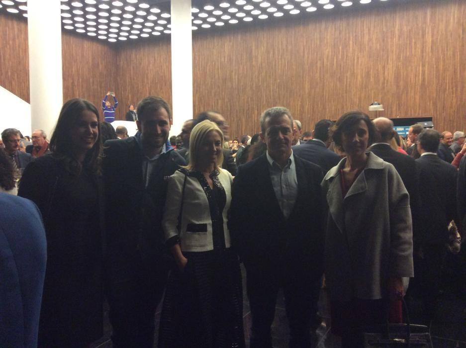 Mate Antón, Laura Vicente de Gesem, Antonio Galván, de IFA, Pepe Antón, del grupo Antón junto con Cristina Ripoll