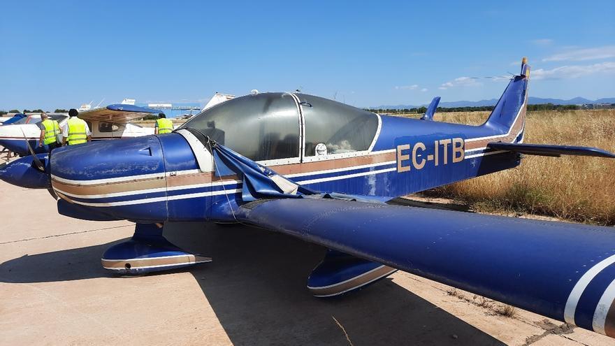 Aena adjudica el desguace de 18 avionetas a una empresa de Cartagena