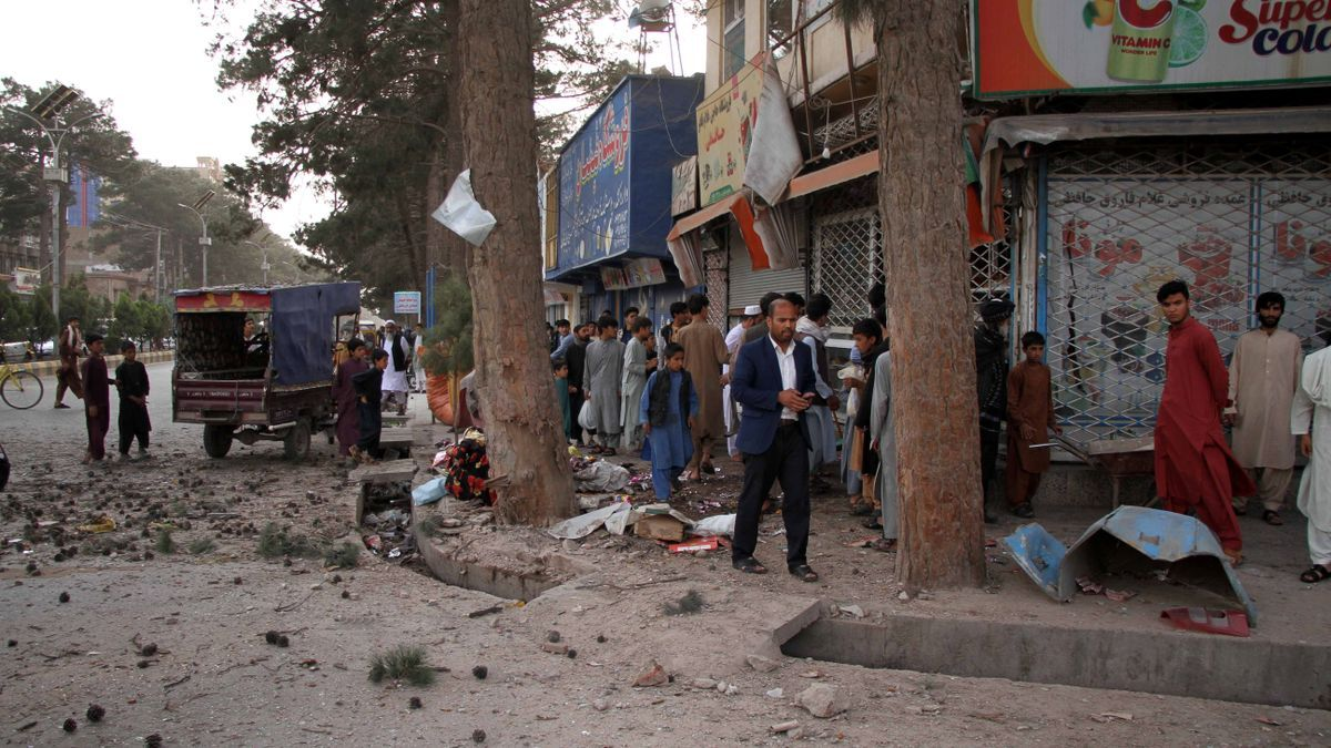 Por el momento ningún grupo insurgente ha reivindicado la autoría del atentado.