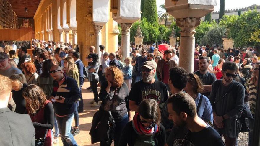 Córdoba, a rebosar de visitantes en el puente de Todos los Santos