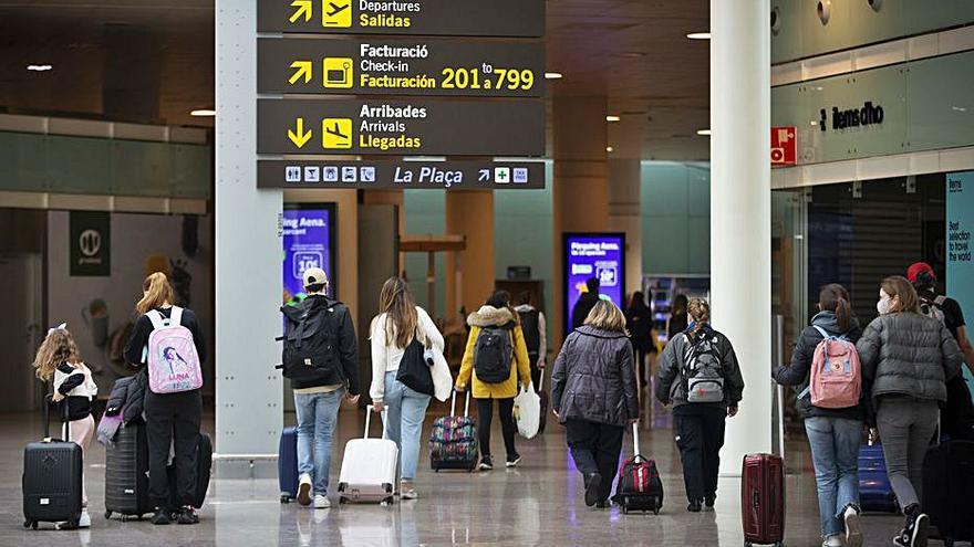 Espanya obre fronteres a partir de dilluns als principals països emissors de turistes