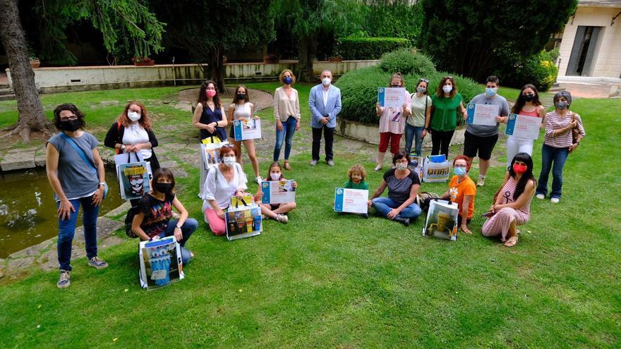 Vint-i-dos centres educatius de l'Alt Empordà participen del primer Concurs de decoració de bujols
