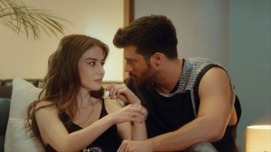 """Las fans de Can Yaman desvelan una foto del actor turco en una pelea: """"Siempre con la cara marcada"""""""