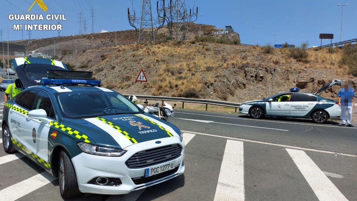 Control de la Guardia Civil en Gran Canaria enmarcado en la campaña de alcohol y drogas
