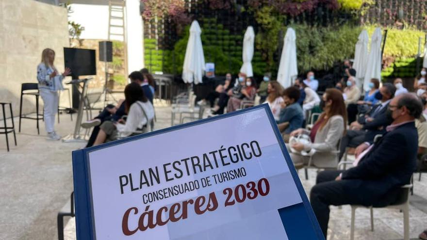 Un plan hasta 2030 quiere convertir el turismo en la gran empresa de Cáceres