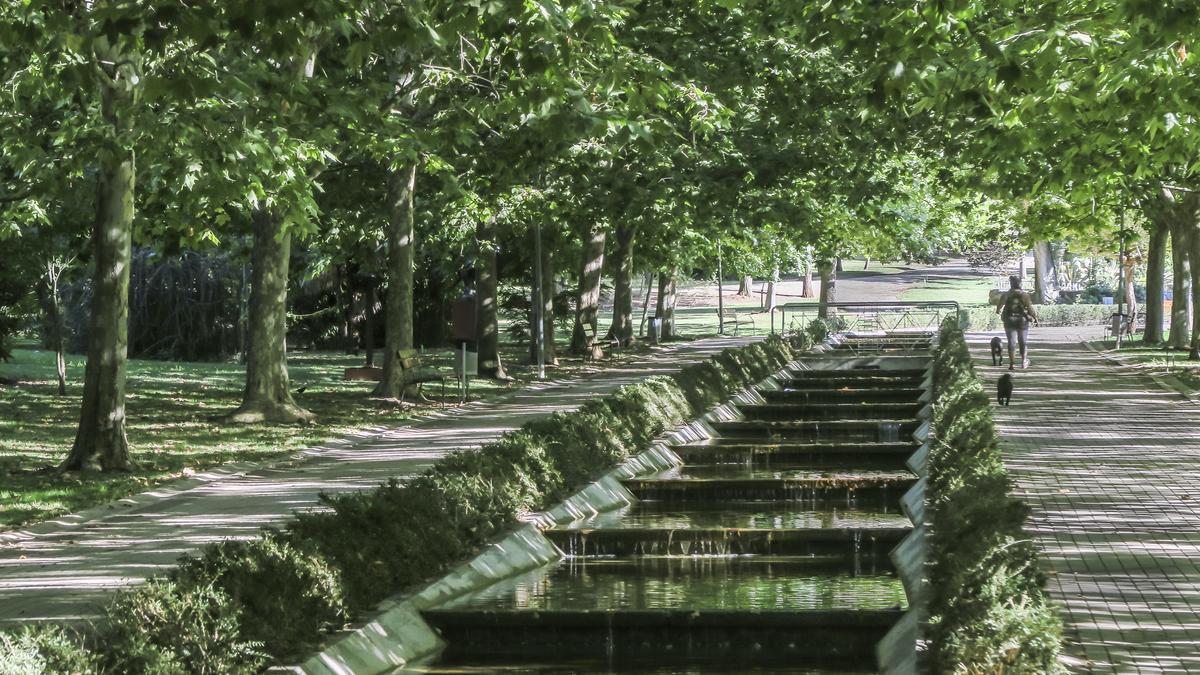 Imagen del Parque del Príncipe, la más amplia zona verde de Cáceres.