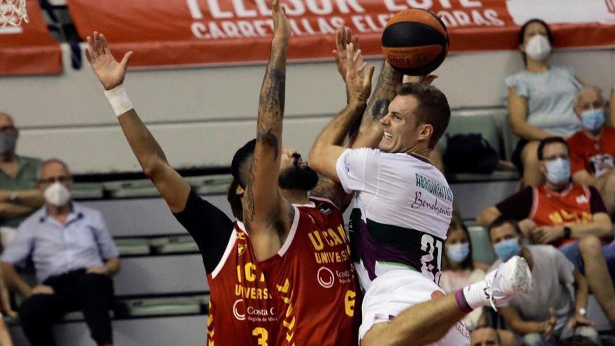 El Unicaja gana en la pista del UCAM Murcia