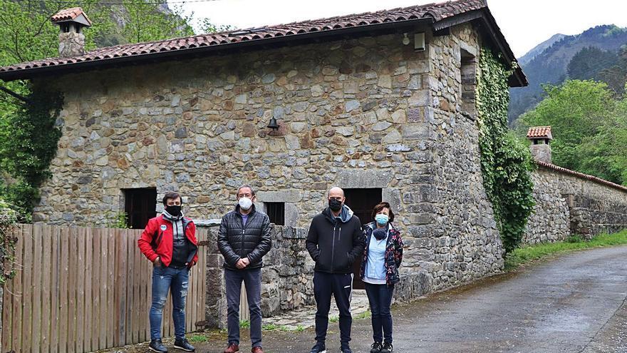 Santianes del Agua reivindica su historia