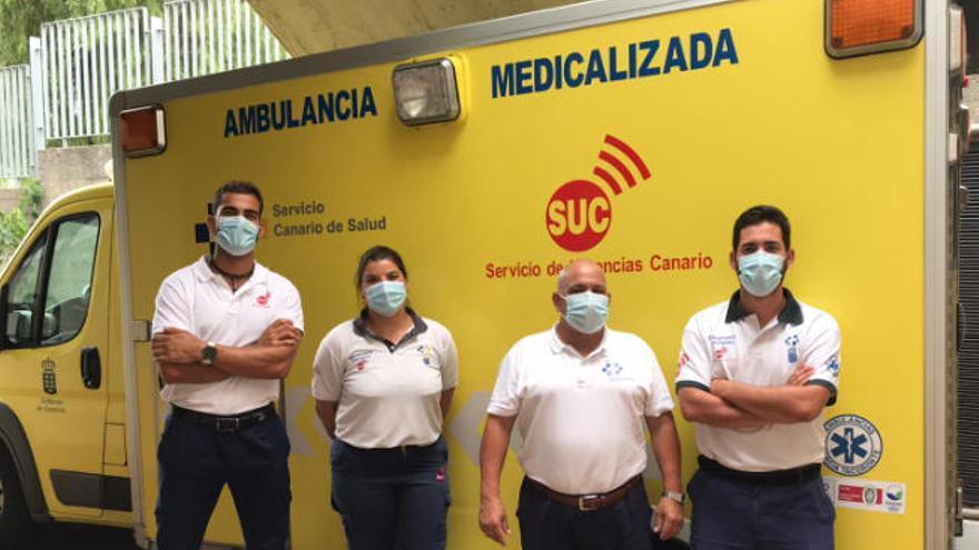 Una mujer da a luz en la ambulancia mientras se dirigía al hospital en La Palma