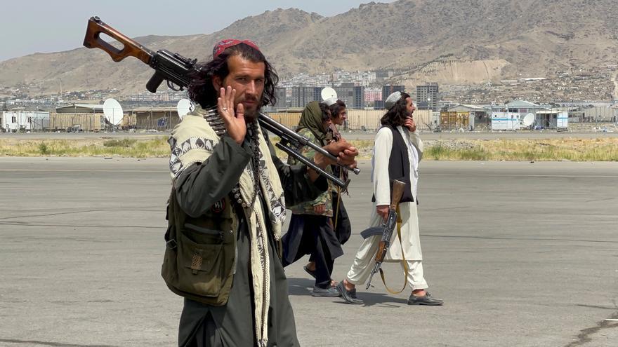 Los talibanes lanzan operaciones masivas contra el Estado Islámico en Afganistán
