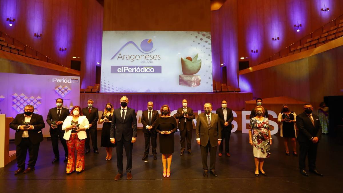 Foto de familia de la gala de los Premios Aragoneses del Año.