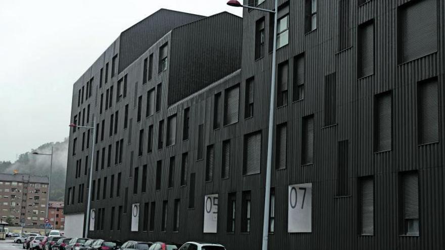 Sepes asume el fracaso comercial de la Mayacina y relanzará la venta de pisos