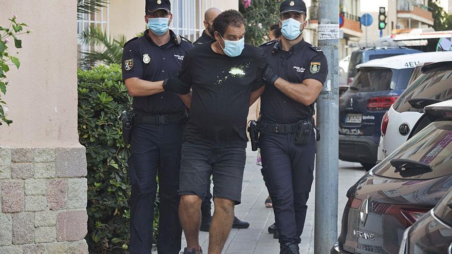 Detenido por intentar ahorcar a su pareja con una cortina en Alicante