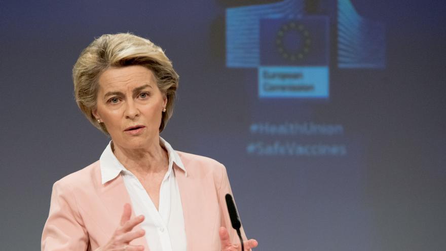 Bruselas propone declarar equivalente la protección de datos en la UE y Reino Unido