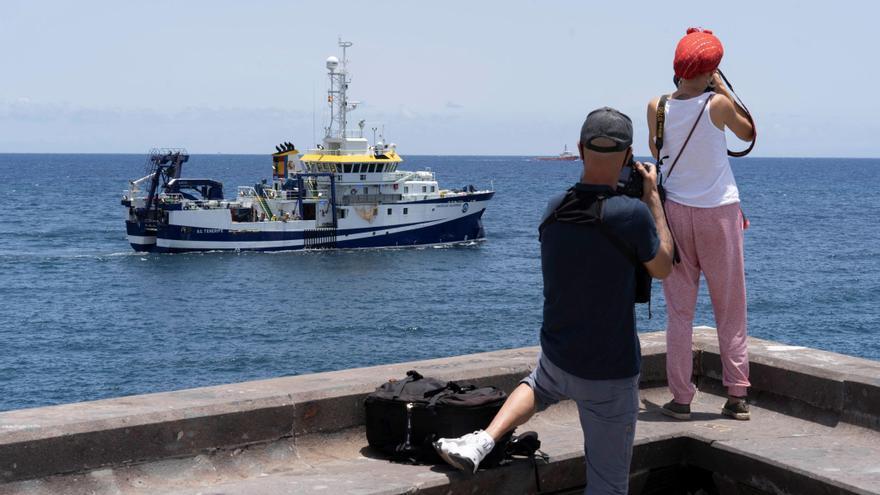 El Ángeles Alvariño vuelve a buscar a Anna en el mar