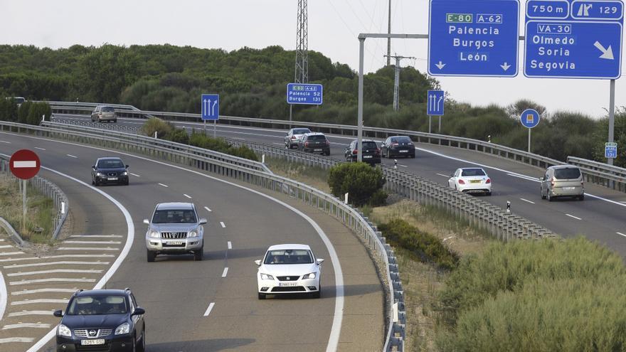 Un 'kamikaze' ebrio causa tres heridos tras impactar con un turismo y un camión en Valladolid