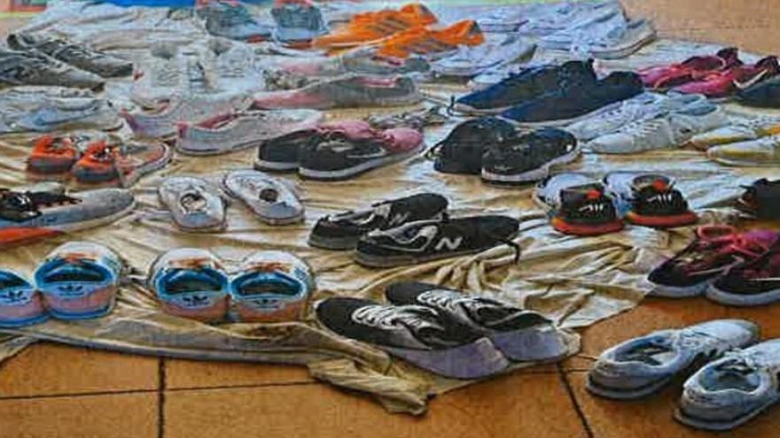 Intervienen en el mercadillo de Mérida varios pares de zapatillas falsificadas