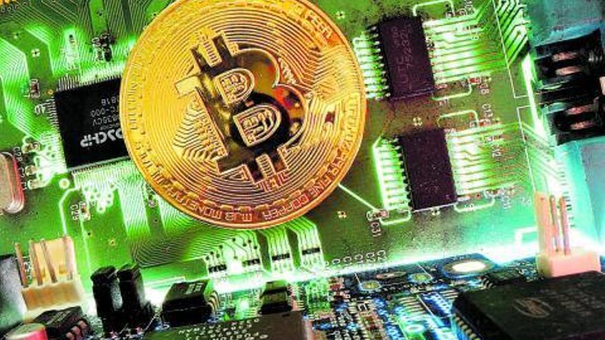 Bitcoin i euro digital, David contra Goliat?