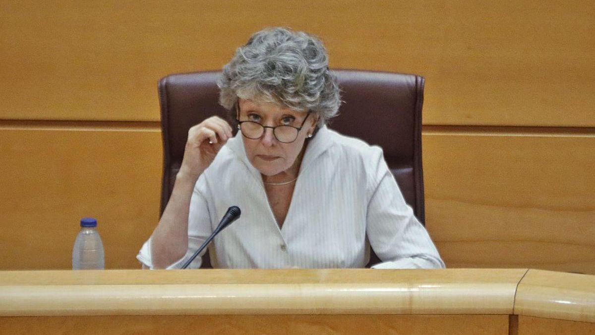 Rosa María Mateo, ayer, en la comisión de control parlamentario de RTVE.