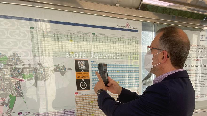 Figueres instal·la codis QR a les parades d'autobús per consultar en temps real l'hora d'arribada del bus