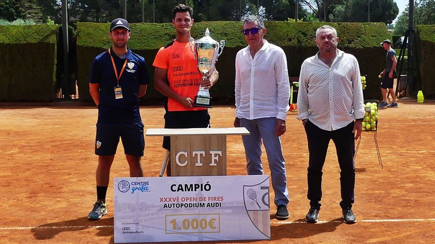Maxime Mora s'emporta  el 35è Open de Fires del Club Tennis Figueres