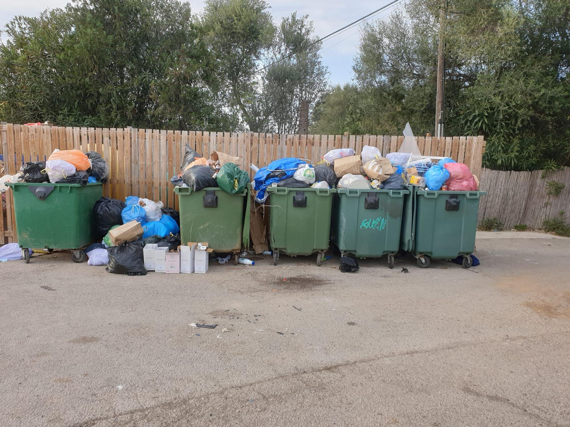 La basura ocupa las calles de Alcúdia y sa Pobla debido a la huelga