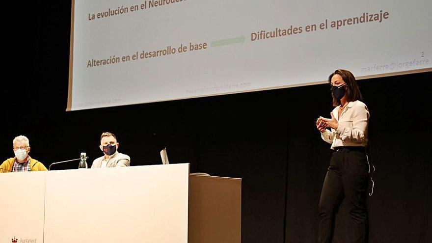 Xàtiva y Ontinyent inauguran sus ciclos de Universidad de Primavera