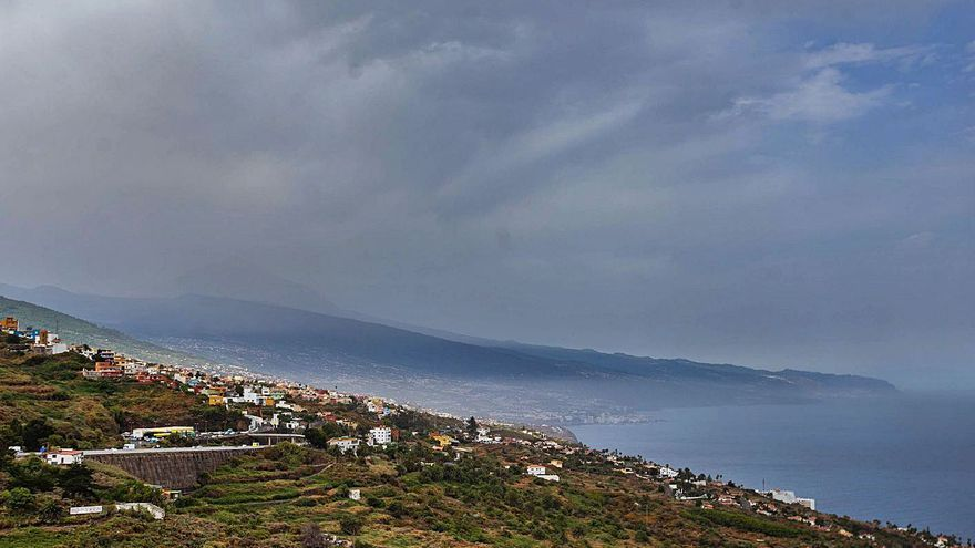 El bochorno y la calima se instalan en toda Canarias hasta el viernes