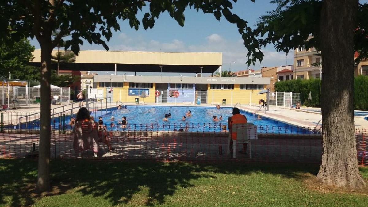 La piscina de Meliana funciona amb normalitat