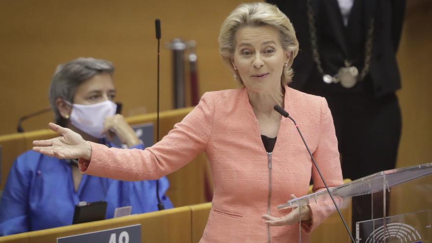 Von der Leyen propone reducir un 55 % las emisiones contaminantes para 2030