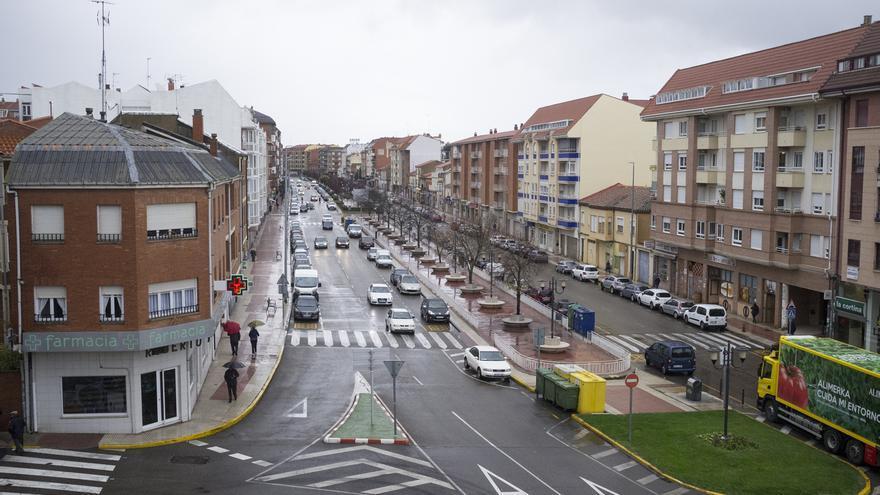 Fallece un niño de tres años atropellado por un turismo en la avenida El Ferial de Benavente
