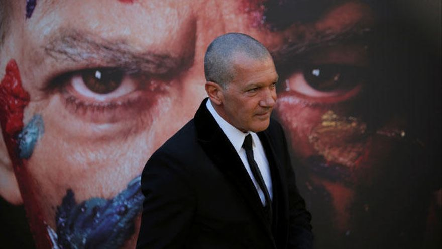 Carlos Saura pone en duda que Antonio Banderas protagonice 'Picasso y el Guernica'
