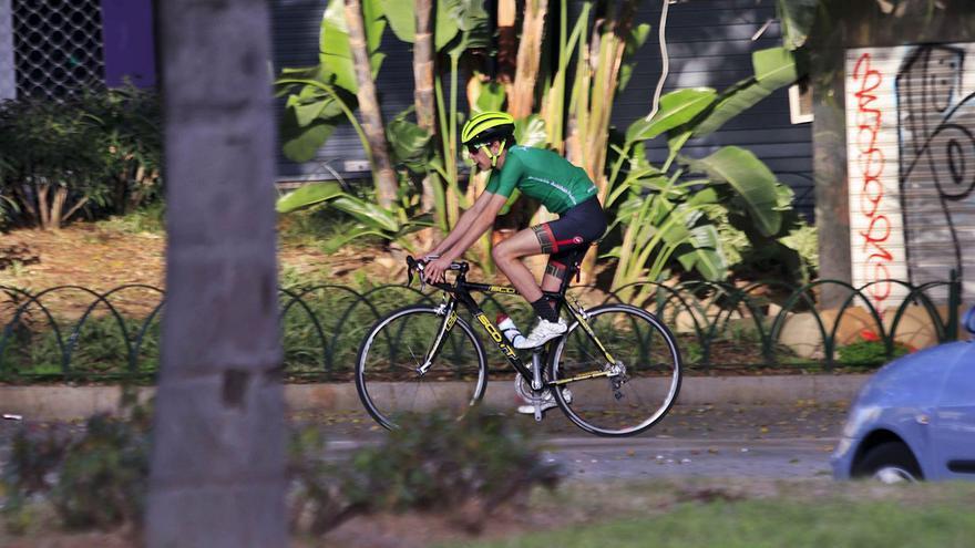 El equipo de gobierno y la oposición chocan otra vez por los carriles bici