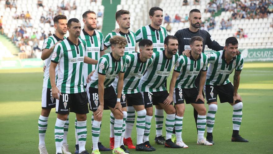 El Córdoba CF repitió alineación titular 22 jornadas después