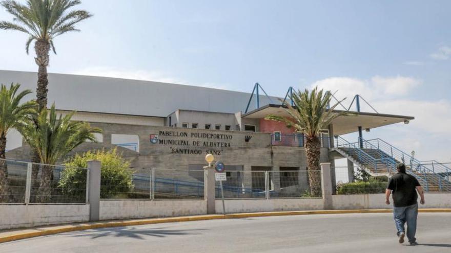 Albatera privatiza la contratación de conserjes por 435.000 euros