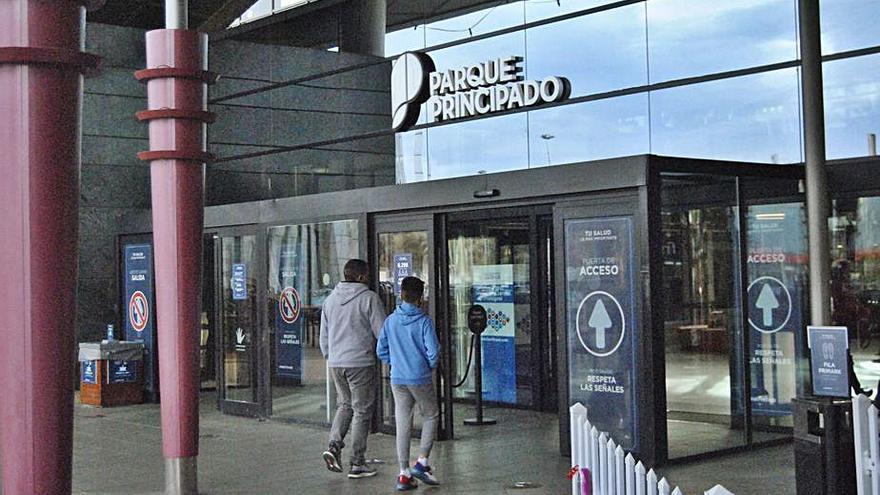Reabren los cines de Parque Principado tras tres meses de cierre