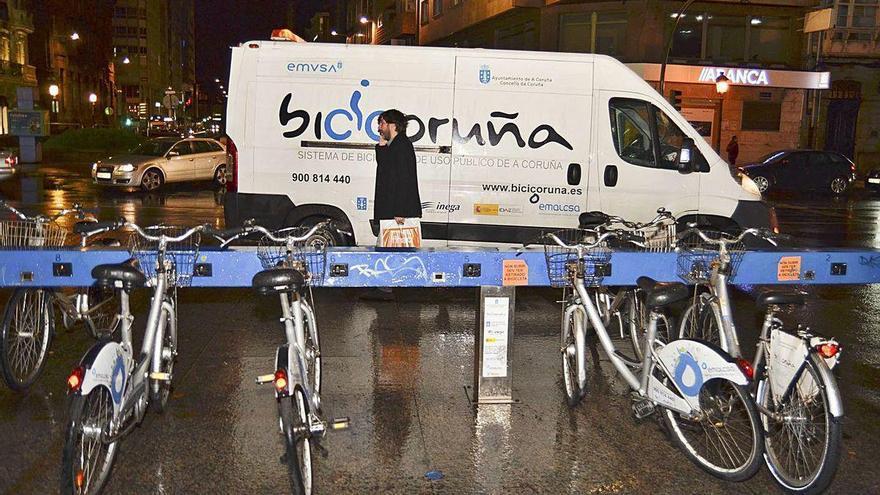 El Concello destinará 400.000 euros anuales a mantener la flota ampliada de BiciCoruña