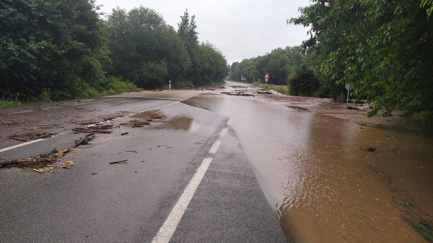 Asturias activa el plan de emergencia por inundaciones tras las fuertes lluvias que afectan ahora al oriente