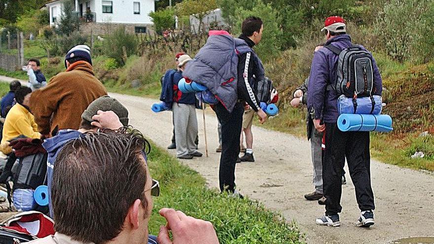 El Concello de A Rúa ayudará con 8 euros a los peregrinos que se alojen en el pueblo