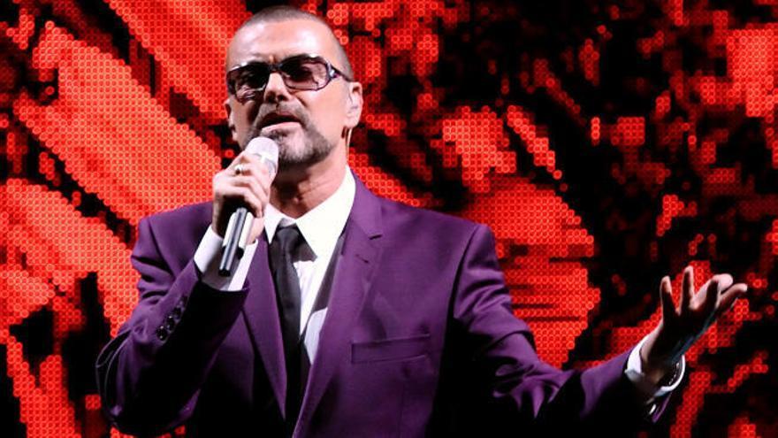 Adiós a George Michael, la voz más angustiada del 'pop'
