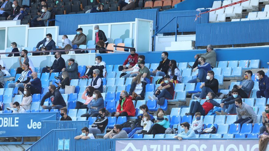 Portazo al regreso de aficionados a los estadios en Aragón