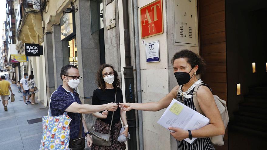 """Los clientes de apartamentos turísticos, ante su auge: """"El trato es muy personal"""""""