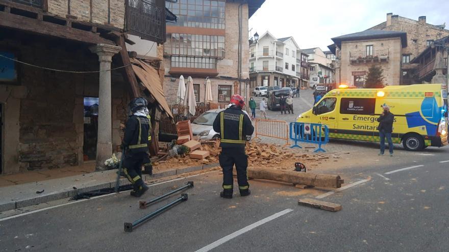 La falta de medios obligó a los bomberos de Zamora a desplazarse hasta Puebla de Sanabria por el accidente