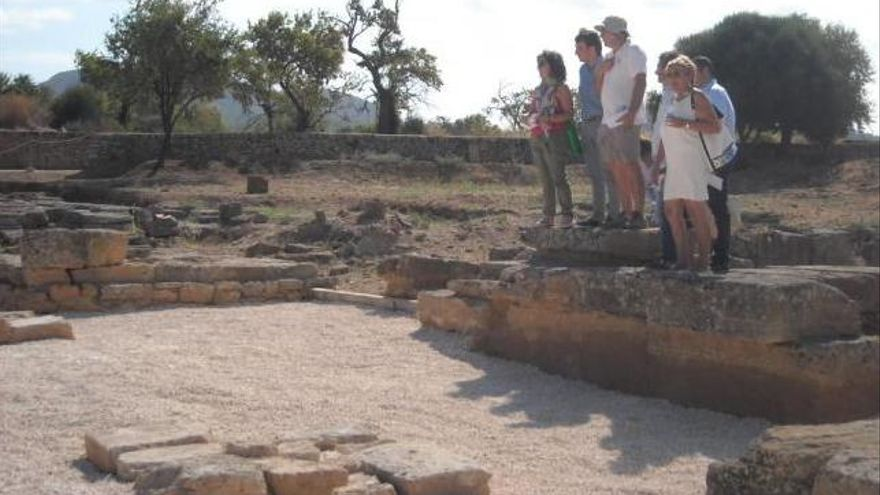 Alcúdia integra a diversas entidades en un consejo asesor sobre turismo