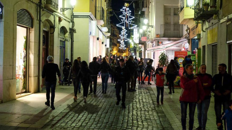 El Govern aprova els 8 festius d'obertura comercial autoritzada per al 2017
